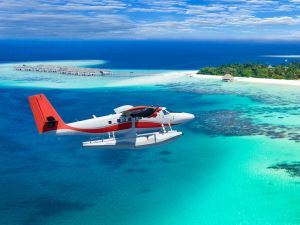 0_invite-to-paradise-maldives-specialists-experts-tr.jpg